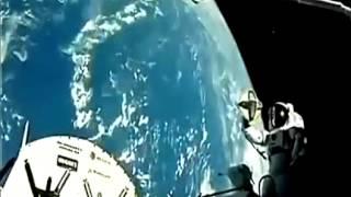PART 2 Russian Cosmonaut Reveals UFO, Alien and 2012 Crop Circle SECRETS