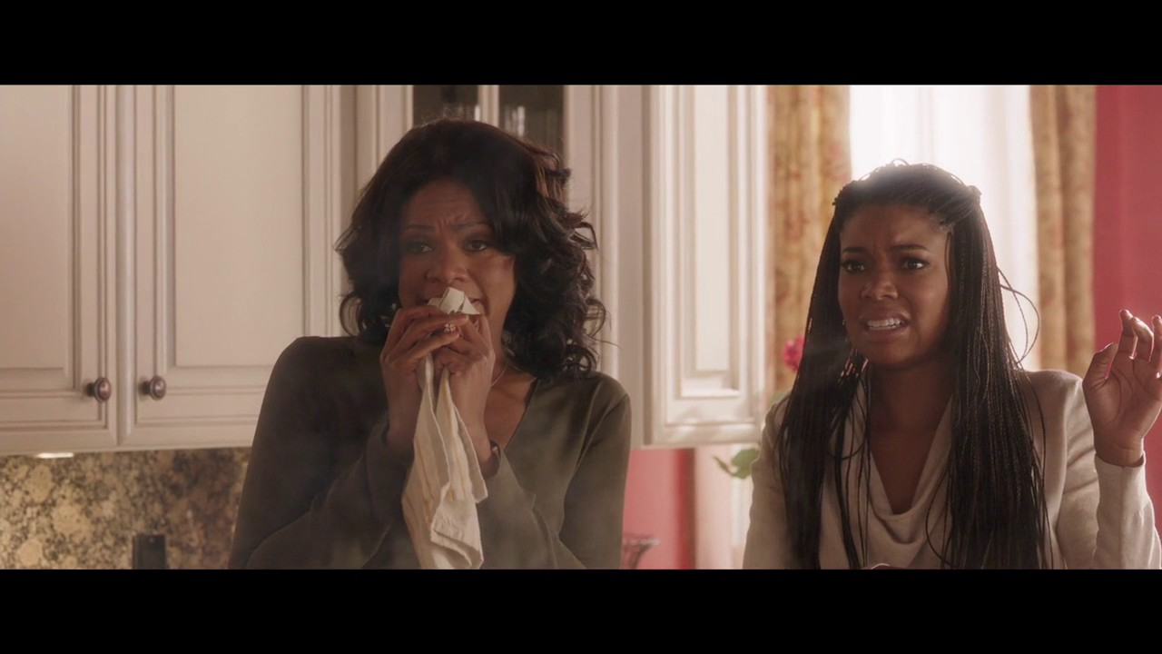 Almost Christmas Jessie Usher.Almost Christmas Clip Rachel And Cheryl Find Their Dishes Burning
