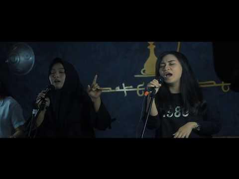 Raisa & Isyana Sarasvati - Anganku Anganmu (Nadya,Gina,Tenri) Cover [LIVE]
