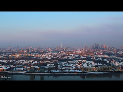 Timelapse video of London waking up to a blanket of snow