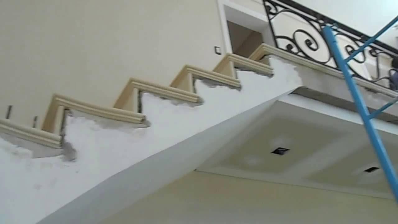 Escalera de marmol crema marfil youtube for Escaleras de marmol