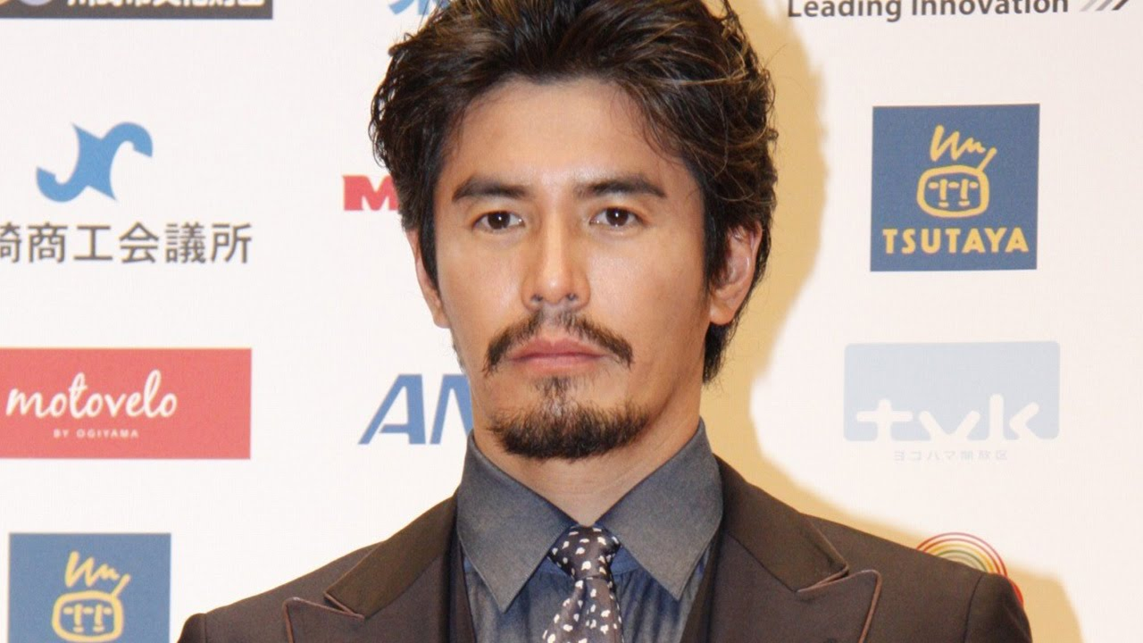 髭が渋い伊藤英明