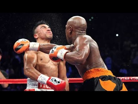 Floyd Mayweather vs Conor McGregor: War of the Worlds part 4!