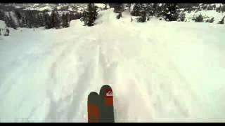 На горных лыжах через лес.  СУПЕР!