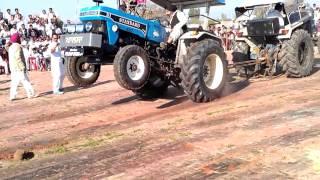 मानक फोर्ड 7000 बनाम tochan ट्रैक्टर