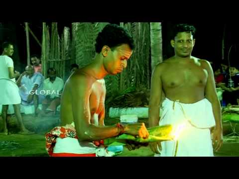 Kalariyal Bhagavathy Theyyam Thottam (Travel Kannur Kerala Videos)