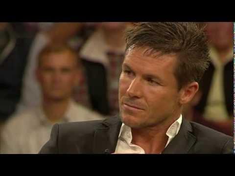 Felix Baumgartner [ ZDF - Markus Lanz Talk vom 17.10.2013 ] *DEUTSCH*
