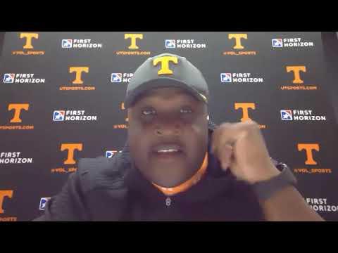 tennessee-football:-tee-martin-talks-freshmen-receivers,-qb's,-more