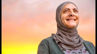 This hero is the Middle East winner of the UNHCR Nansen Refugee Award. Meet Rana Dajani
