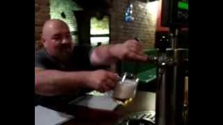 паб Мамут (Мамонт) , Брно, Чехия(Отличительная черта этого заведения - столы с кранами, из которых можно наливать пиво самостоятельно, не..., 2014-08-25T11:35:56.000Z)