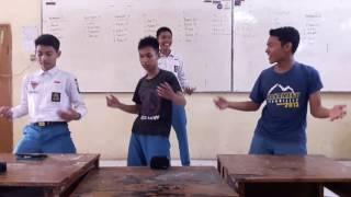 Download Video ETA TERANGKANLAH DANCE KOCAK MP3 3GP MP4
