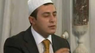 Ali TEL-2010 Dünya Kur'an-ı Kerim'i güzel okuma birincisi.avi