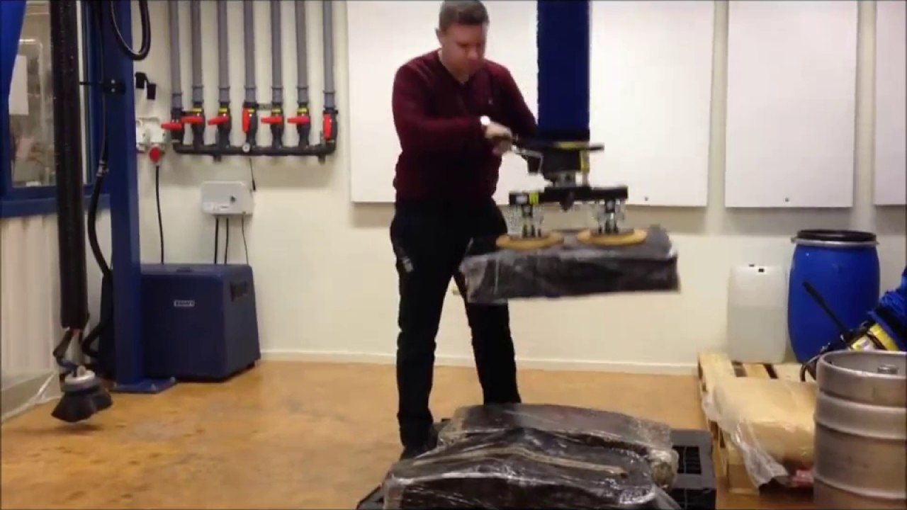 Manipulador industrial por vacío ergonómico para bloques de caucho