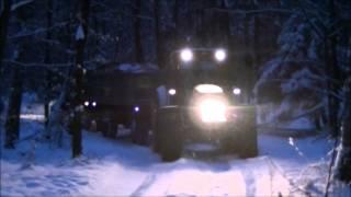 "Akcja drzewo - Zima 2013 John Deere w akcji """"""""miota nim jak szatan"""""""""