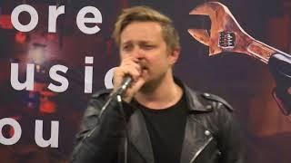 Fokofpolisiekar - Ek Skyn (Heilig) (Live version)