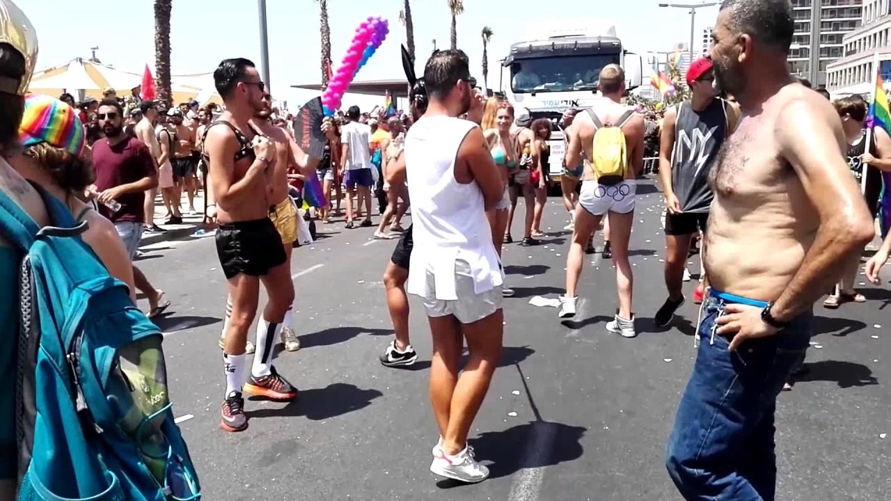 Gay sado