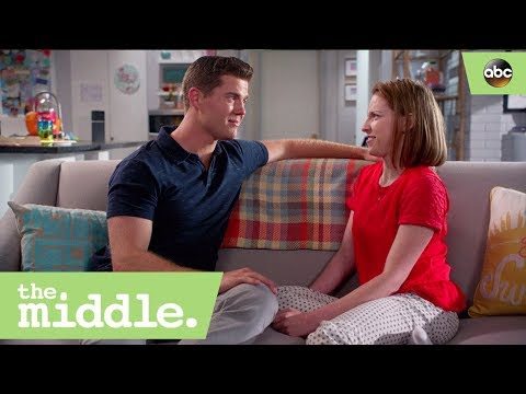 Sue and Sean Rescue Each Other – The Middle