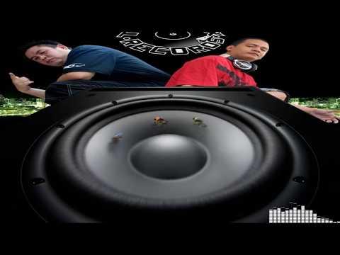 dj traxx & dj klus clash of 2000(rnb) megamix