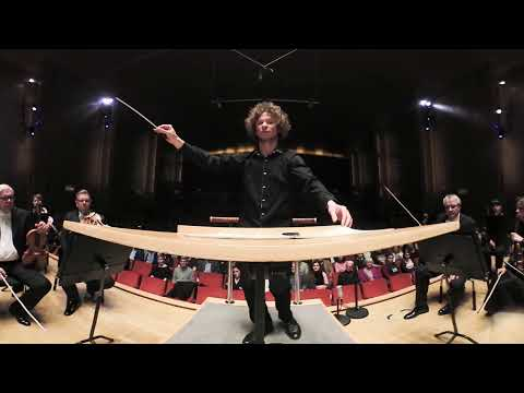 Behind the scene: Rouvali conducting Moldau