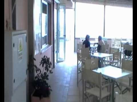 Linea blu marina romea 2010 il bagno stefano youtube - Bagno sirenetta marina romea ...