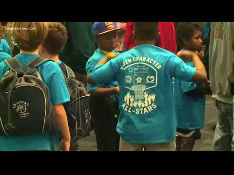Norfolk Sheriff's Office Takes Children to Globetrotters Game