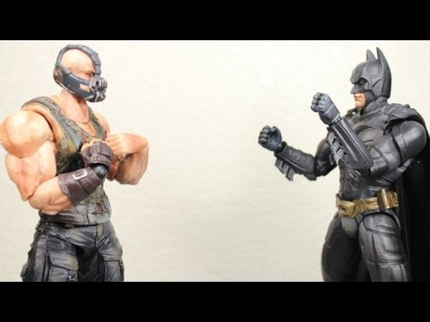 The Dark Knight Trilogy Play Arts Kai Batman & Bane Movie Action Figure Review