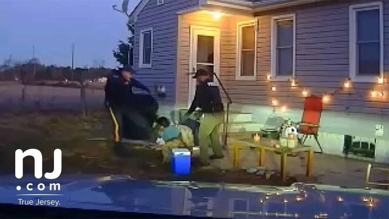 dashcam-video-shows-cop-kicking-handcuffed-man