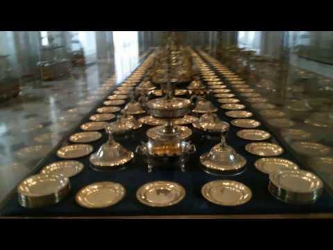 Gilded silver service in Munich Residenz