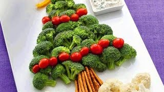 Как украсить салаты  на новогодний стол