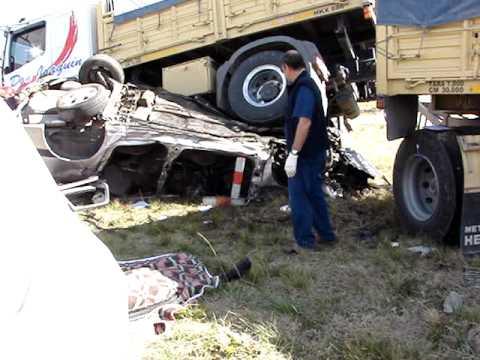 Choque camión autopista, Olavarría