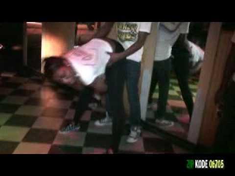 Women giving head at strip clubs