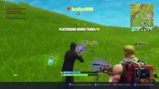 Clapping and getting clapped in Fortnite
