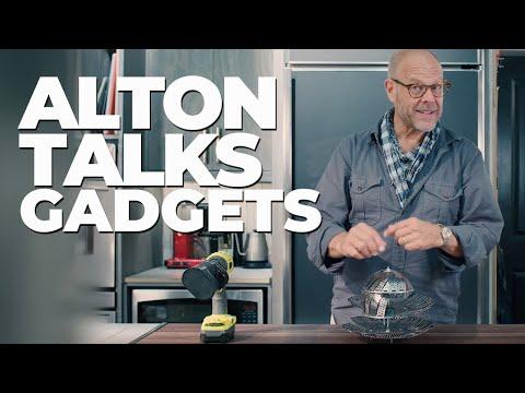 Alton Brown Shares His Favorite Kitchen Gadgets �� GOOD EATS: THE RETURN EXCLUSIVE