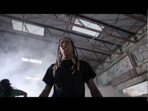 Riot - Sean Paul (ft. Damian Marley) (Official Video) Thumbnail image