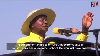 Video Museveni promises to promote education in Buikwe download MP3, 3GP, MP4, WEBM, AVI, FLV Oktober 2018
