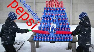 COCA COLA VS PEPSI CHALLENGE! Разбиваем пепси и кола  банки бейсбольной битой.
