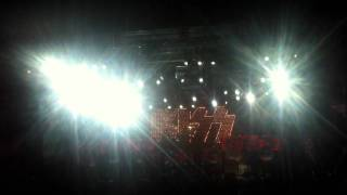 I Wanna Rock And Roll All Night - Kiss Live At Salmon Fest 2011.