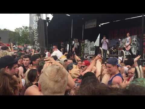 Neck Deep - Motion Sickness (First time live) @ Vans Warped Tour 2017