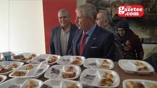 Yeni işyerinin kurdelesini Belediye Başkanı Mehmet Sarı yaptı
