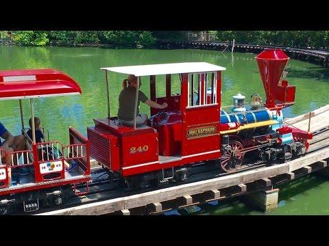 Cincinnati Zoo Train Ride, BB&T Express, Narrow Gauge Steam Replica