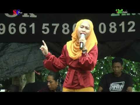 Patah Hati -  Selvy Anggraini