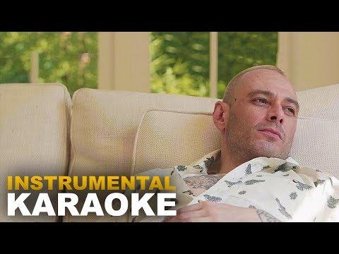 Fabri Fibra: STAVO PENSANDO A TE (Karaoke - Instrumental)