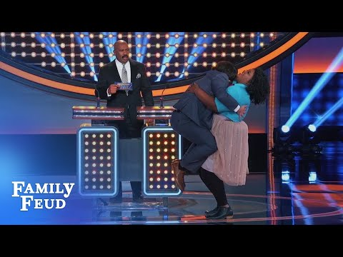 Nicole Byer gives John Gemberling a LIFT  Celebrity Family Feud