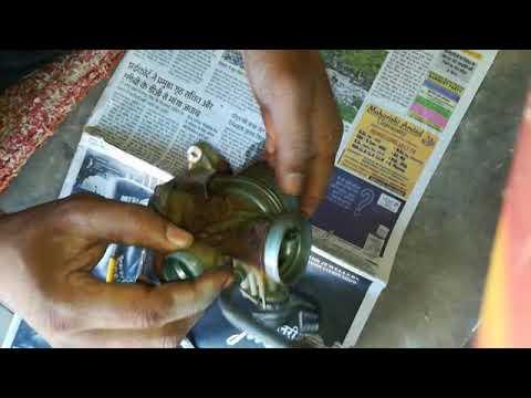 Carburettor cleaning of Hero Honda Bikes