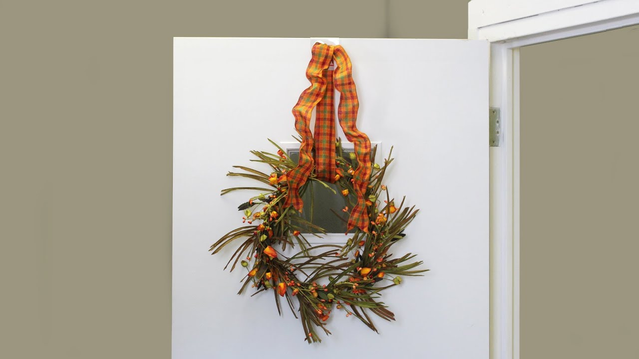 the correct way to hang a wreath wreath pro video series youtube