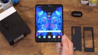 Samsung Galaxy FOLD Unboxing!