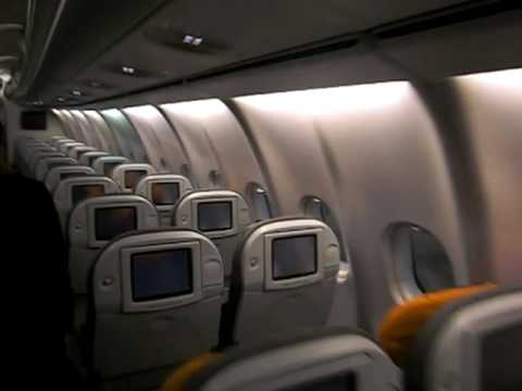 Lufthansa airbus a340 600 cabin tour during maintinance for Interieur airbus a340 600
