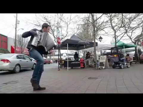 Farmer's Market live