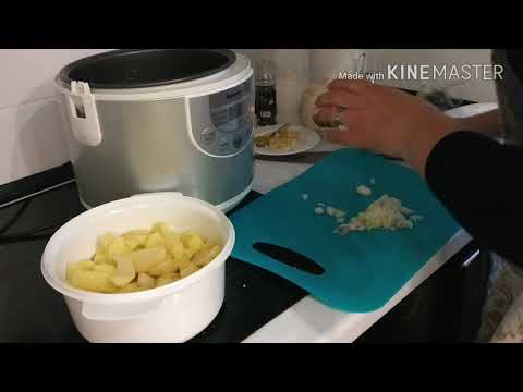 Как запечь картошку с мясом в мультиварке