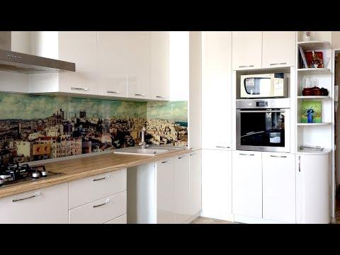 Оранжево-белая угловая кухня фото